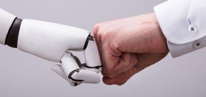Trabajo en equipo entre cobot y humano
