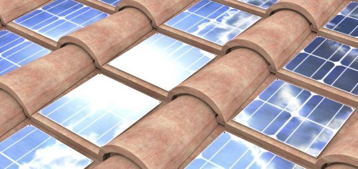 Tejado de tejas solares
