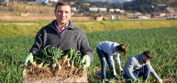 1-Trabajos-que-desaparecen-Agricultor