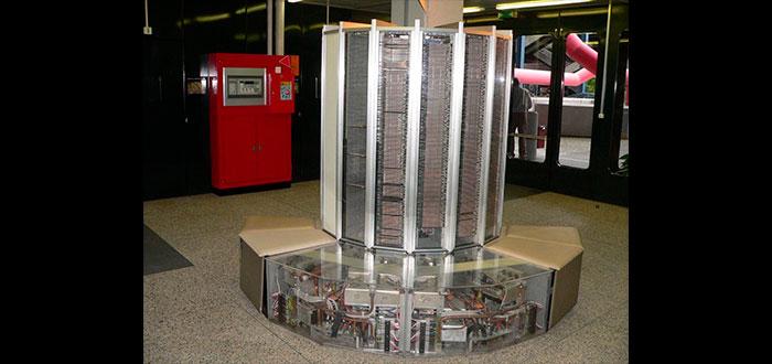 Supercomputadoras - historia CC BY-SA 2.0 fr