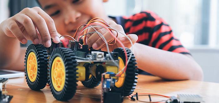 Aplicaciones de la robótica educa