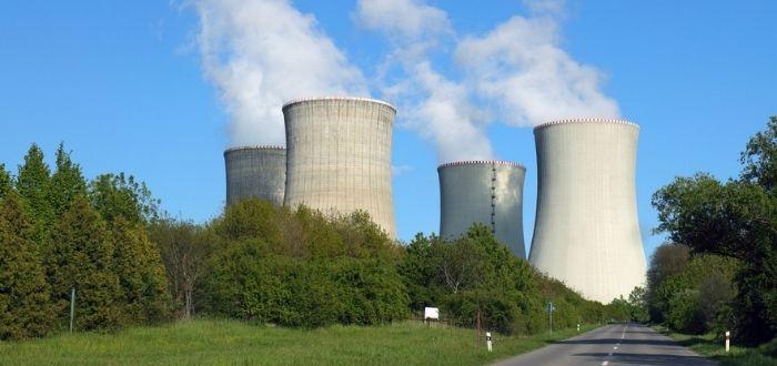 Exterior de una central nuclear