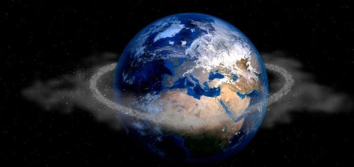 Basura en la órbita del planeta tierra