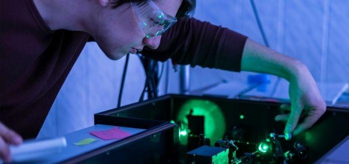 Investigadores sobre el futuro cuántico