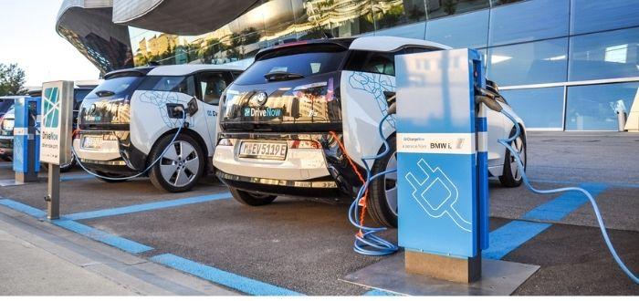 Electrolineras: Estación de carga para coches eléctricos